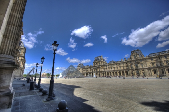 HDR Louvre 1