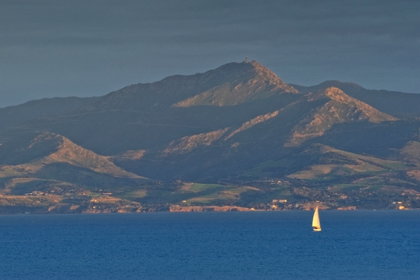 La mer, les Albères