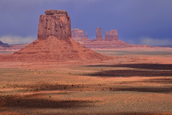 Monument Valley contrasts