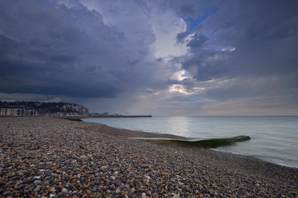 Mers-les-Bains la plage après l'orage