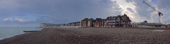 Esplanade Mers-les-Bains plage panorama orage construction centre nautique