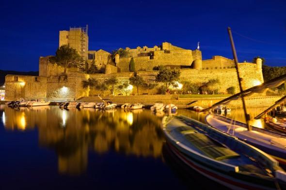 Collioure château royal de nuit
